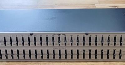 dbx231s 듀얼채널31밴드 이퀄라이저