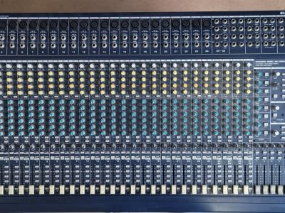 Behringer-MX3282A AUDIO MIX(32채널 8버스 녹음 및 라이브 믹싱 콘솔) /Eurodesk 150와트 전원공급장치